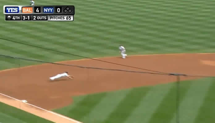 Yankees third baseman Chase Headley made two outstanding defensive plays against the Baltimore Orioles at Yankee Stadium on May 9, 2015