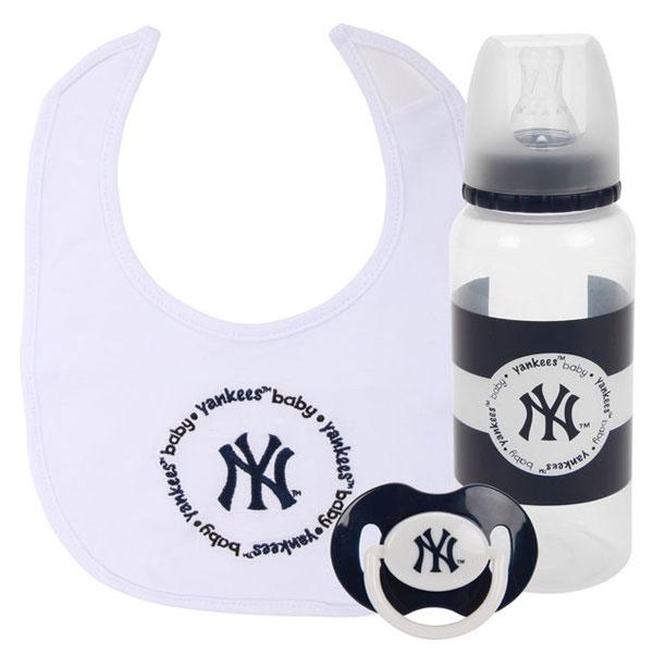 New York Yankees 3 piece infant set