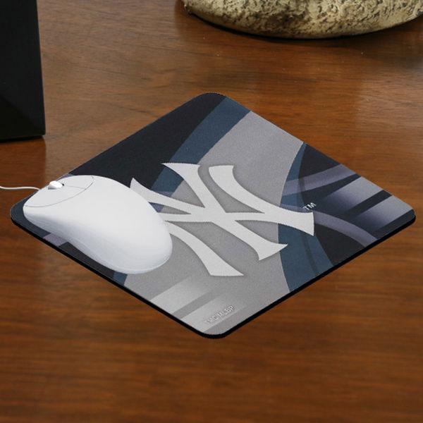 New York Yankees branded mousepad
