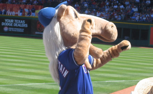 Lance Lynn will take on the team this mascot represents