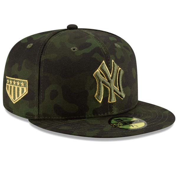 New York Yankees 2019 Armed Forces Day Fitted Camo Cap