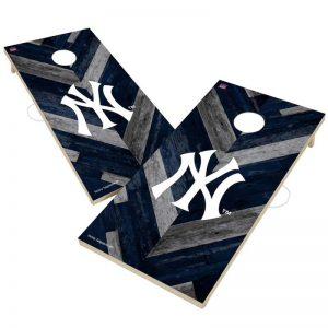 Yankees 2' x 4' Herringbone Design Cornhole Set at Moiderers Row Shop