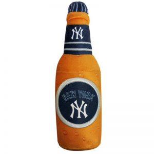 yankees beer bottle dog toy